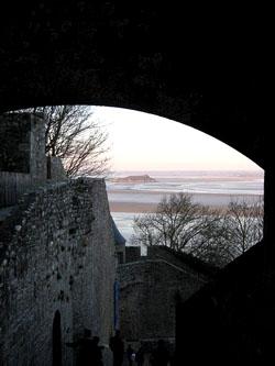 幻想の明と暗『モン・サン・ミッシェル修道院』