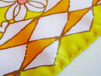 Yellow_Tone_Flower_Scarf4.png