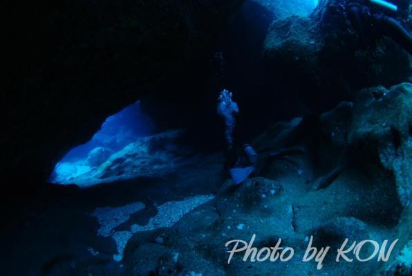 洞窟(与那国島)