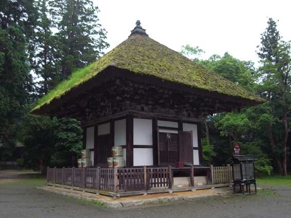 観心寺建掛堂