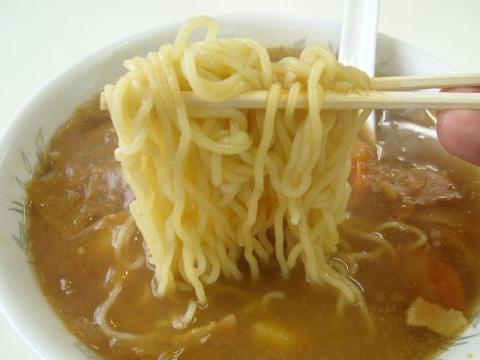 大三・カレー中華 麺