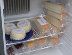 無人販売チーズ