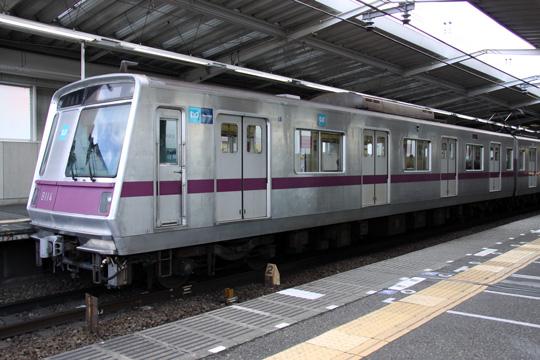 20100206_tokyo_metro_8000-02.jpg