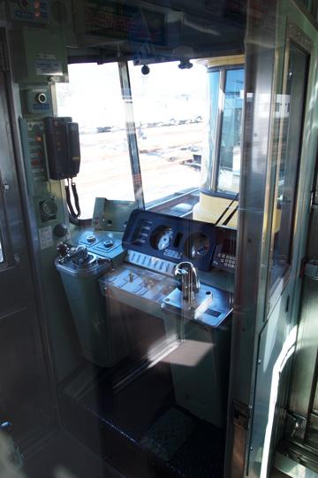 20100207_seibu_2000-cab02.jpg