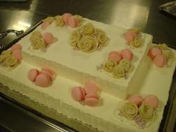 Wedding Cake Macaron