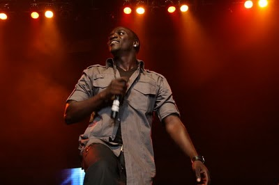 Akon- Nosy Neighbor [CDQ]