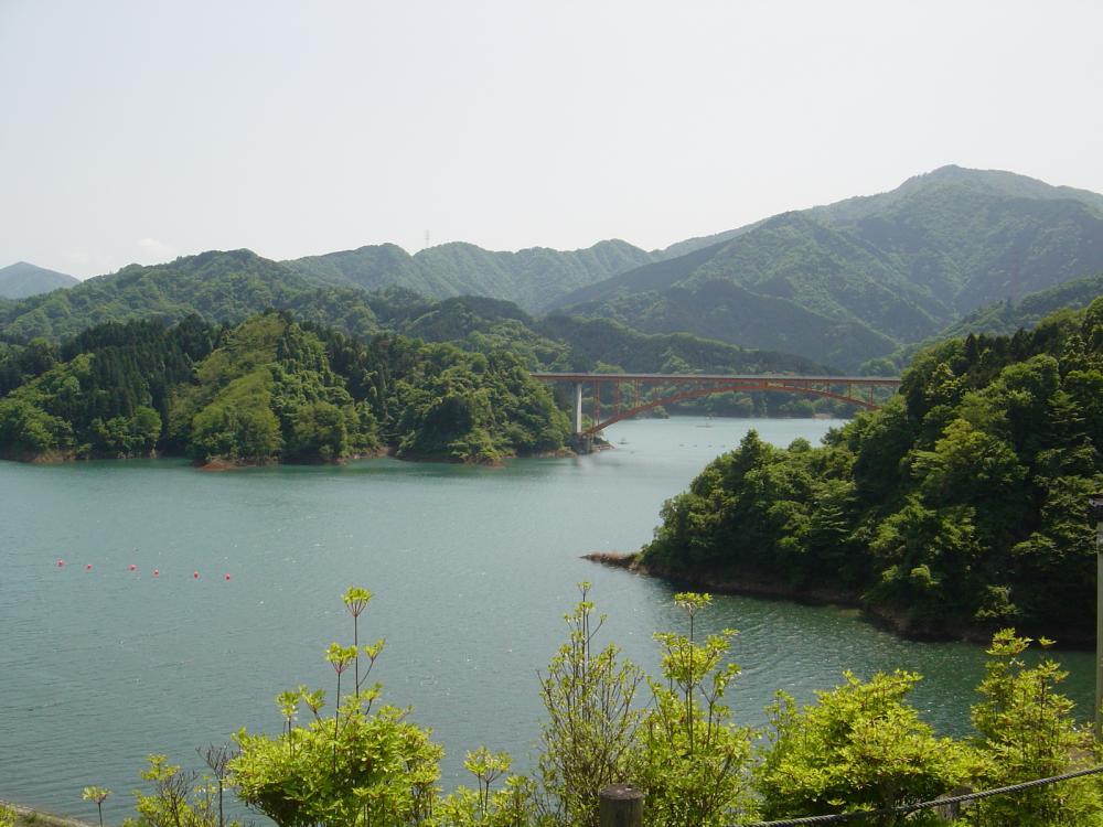 宮が瀬湖③