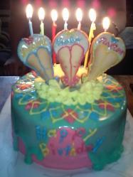 太陽の塔で派手ケーキ