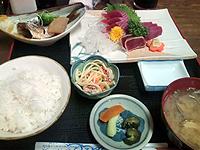 漁師料理ひで丸「かつお刺定食」\1,000-