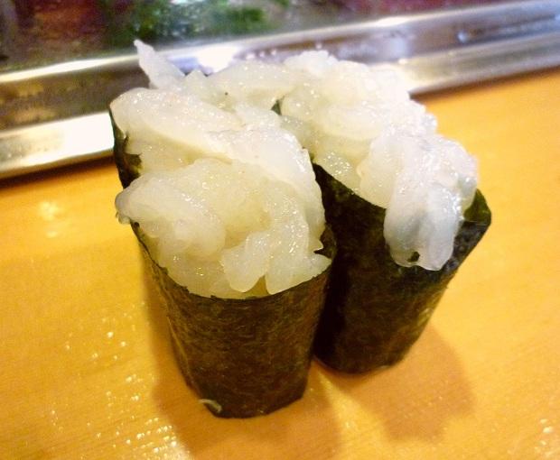 『栄寿司』白えび(1貫200円)