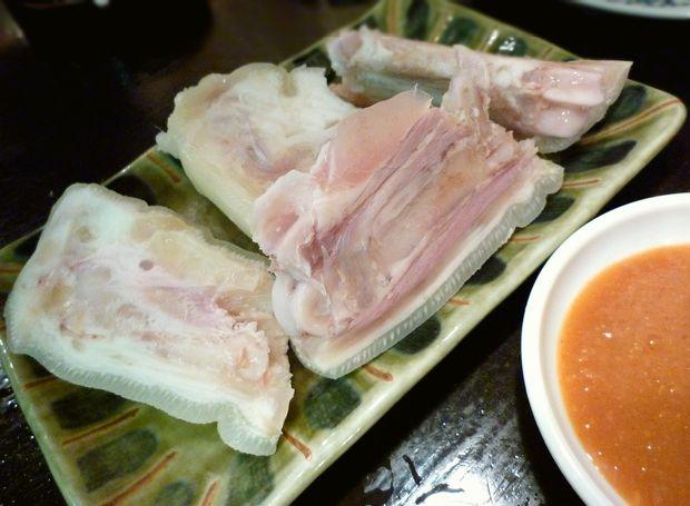 『屯縁房』豚足(390円)