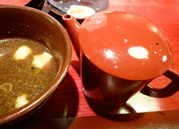 『つけ鴨うどん 鴨錦 吉祥寺店』割スープは生姜湯