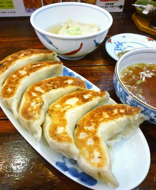 『一圓 上石神井店』ジャンボ餃子とひとくちゆで餃子