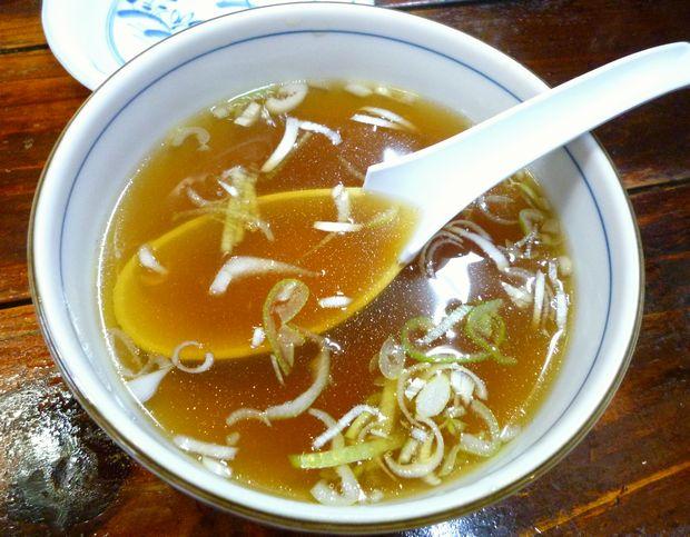 『一圓 上石神井店』ジャンボ餃子に付いたスープ