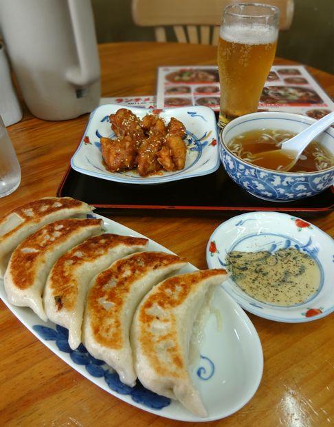 『一圓 上石神井店』ジャンボ餃子・鶏肉の南蛮漬け・樽生
