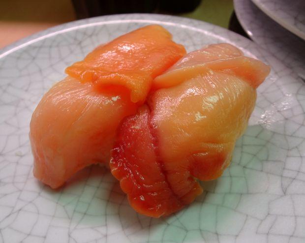 『天下寿司 吉祥寺店』赤貝(120円)