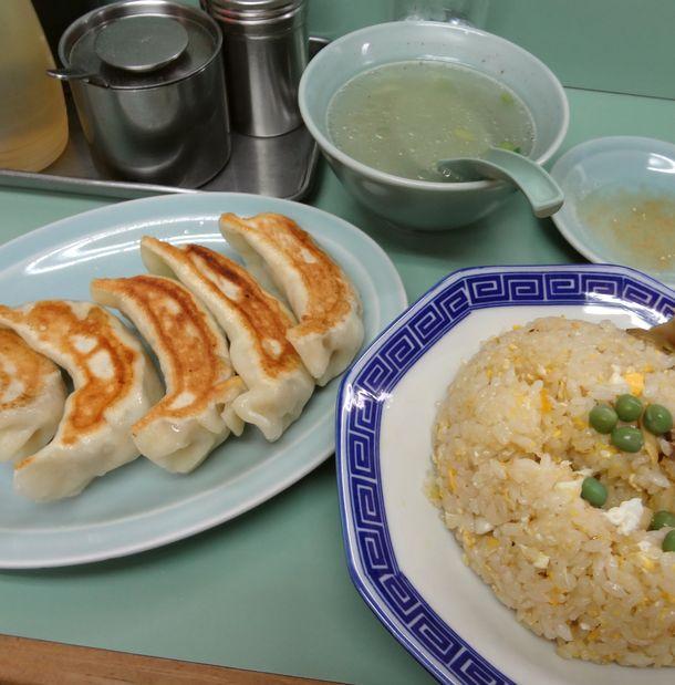 『みんみん』@吉祥寺 餃子(5個)+あさりチャーハン(スープ付)