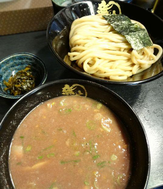 『無鉄砲つけ麺 無極』豚骨つけ麺(中・アップ)