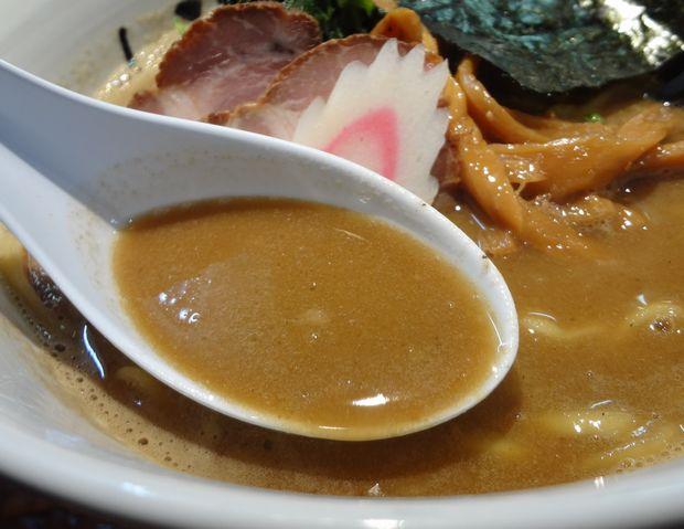 『中華そば 鏡花』中華そば ドロ煮干version(スープ)