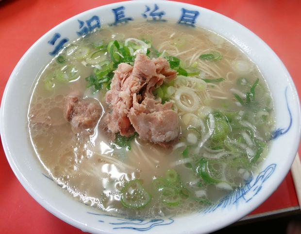 『元祖長浜屋』ラーメン(カタ・400円)