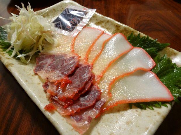 長浜鮮魚市場 市民感謝デーで買った「鯨ベーコン」200円