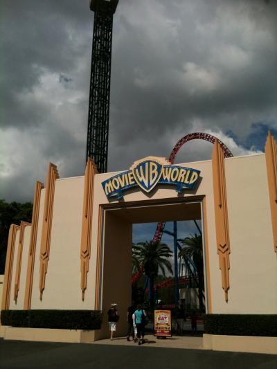 Movie World Gate