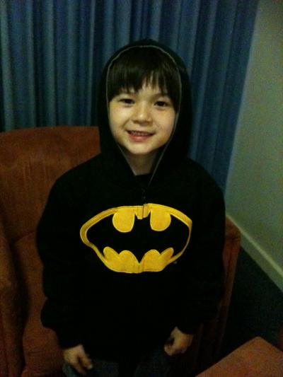 Bat Man Jacketでニコニコジョニー