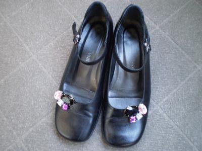 ビジュー靴