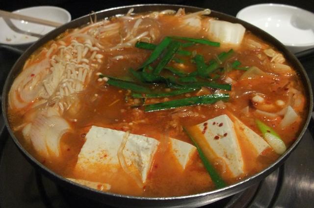 牛肉と真蛸の寄鍋 金海亭