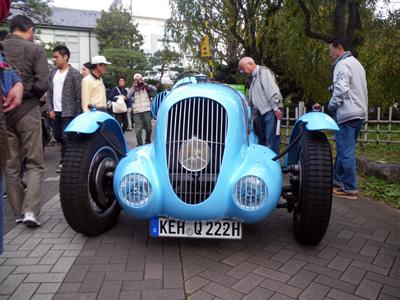 ダイムラーV26