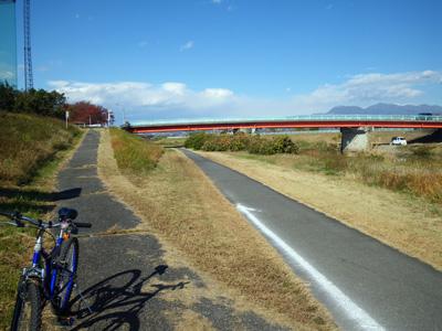 桃の木川サイクリングロード2