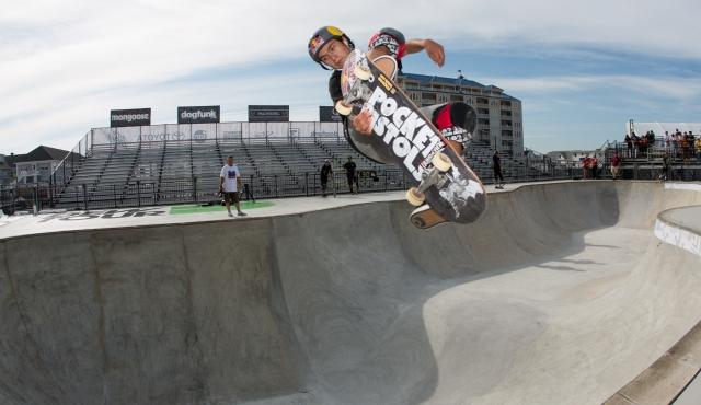 alex_sorgente_skate_bowl_practice_ocean_city_dew_tour-1-display.jpg