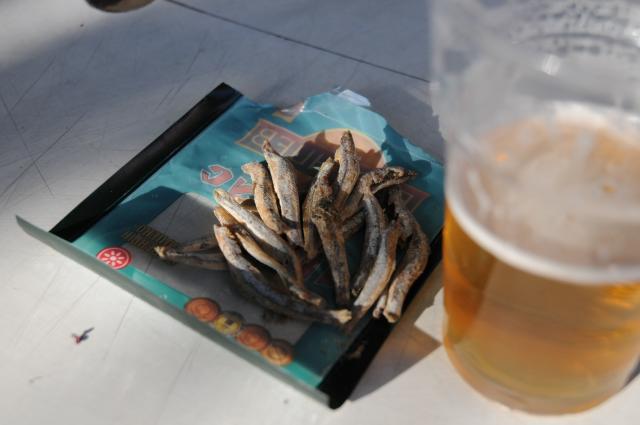 つまみは魚の乾物