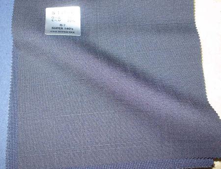 長大毛織SUPERTEXの格子のスーツ生地