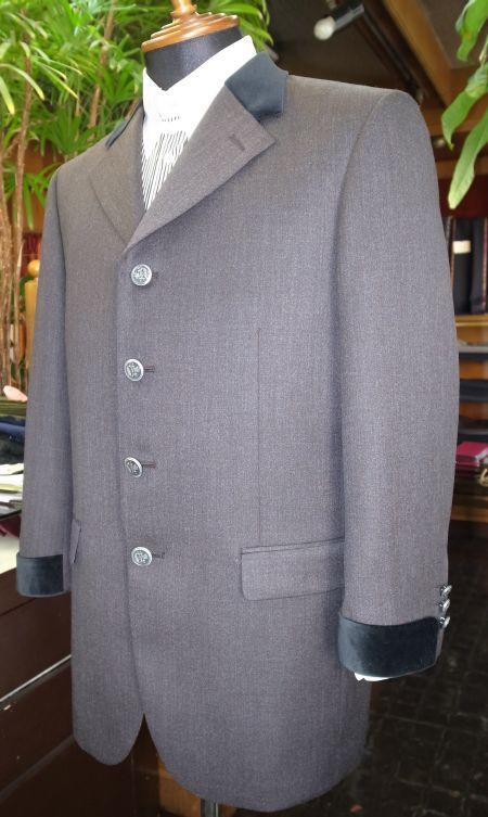 ホテルマンの制服風ジャケット