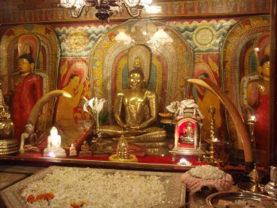 仏歯寺の中のどこか