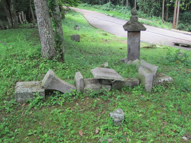 芦野氏新墳墓9