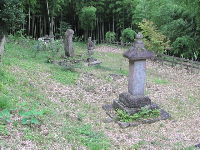 芦野氏旧墳墓12