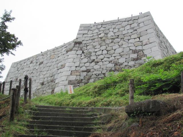 二本松城本丸石垣2