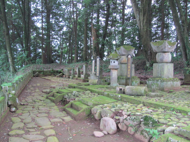 黒羽大関家墓所被害6