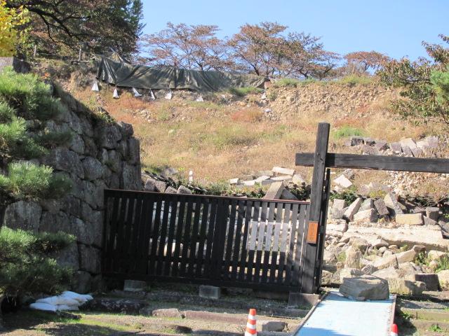 小峰城修復2