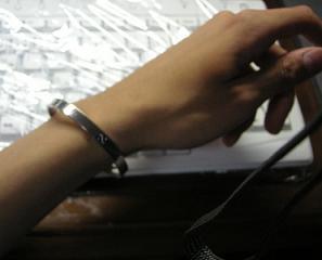 僕の腕は細いよ・・