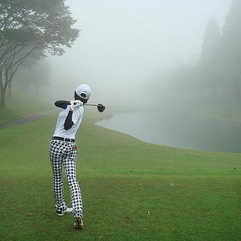 裾野カンツリーさんで、霧の中、ラウンド!