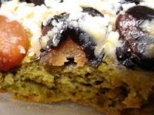 抹茶と黒豆金時豆のガレットセーグル断面