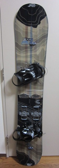 jones snowboards solutionセッティング後