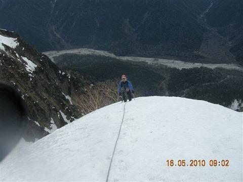 雪稜を登る