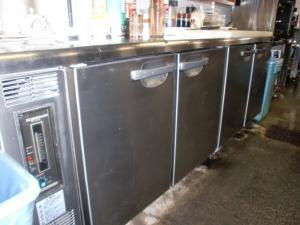 冷蔵庫 001