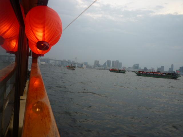 船の窓から 見た景色♪