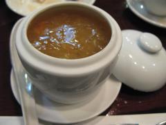 上海蟹みそとフカヒレのスープ