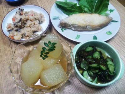 家ご飯20110709冬瓜、沖縄もずく、おから、カラスガレイの唐揚げ